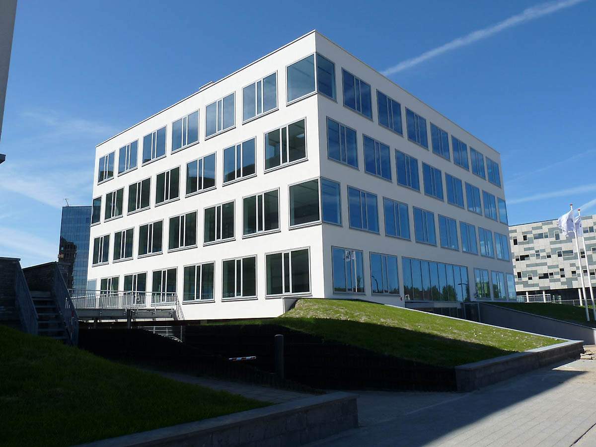 Office Building In Capelle Aan Den Ijssel Netherlands: building facade pictures