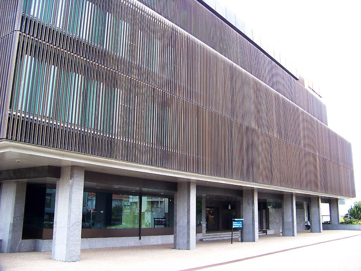 Pt Portugal Telecom In Porto Portugal: building facade pictures