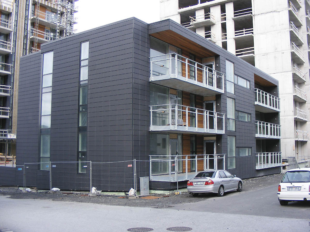 Ögmundur Skarphéðinsson, Reykjavik, apartments