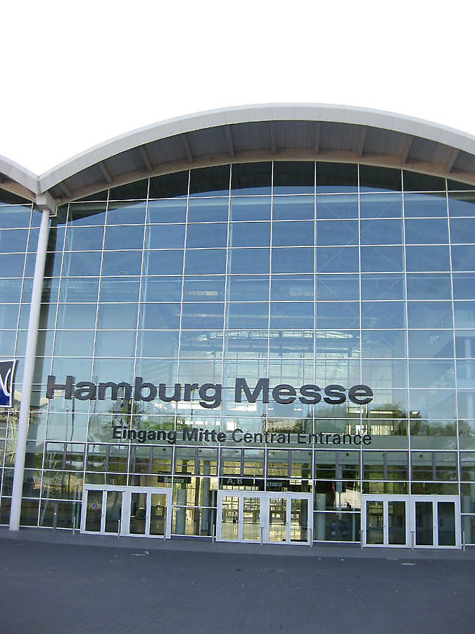 Ingenhoven architecten hamburg new trade fair hamburg for Butlers hamburg