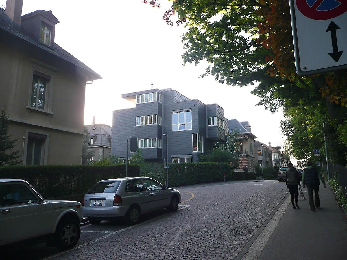 Housing in zurich switzerland for Modern house zurich