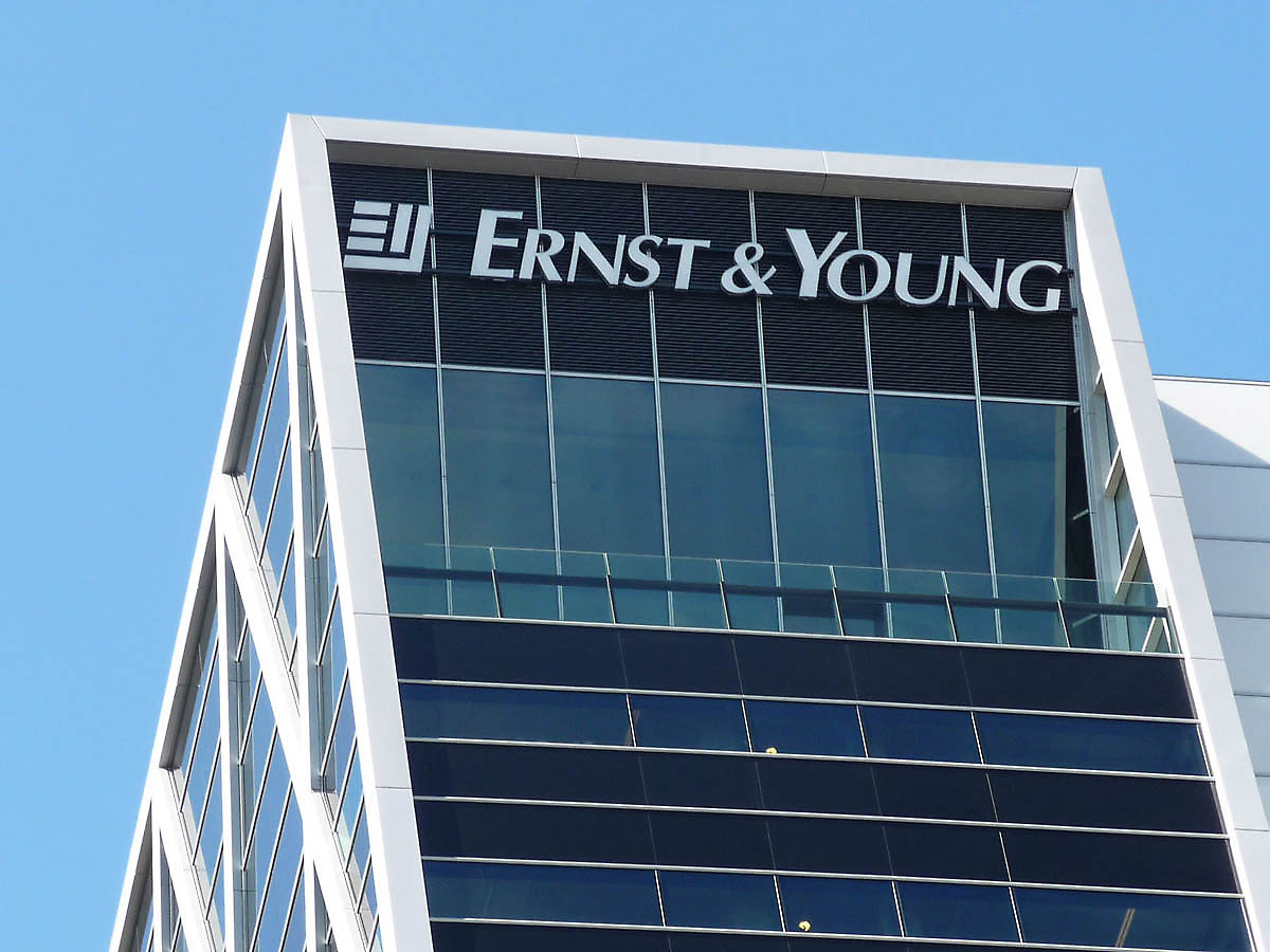 how to get an internship with ernst  u0026 young