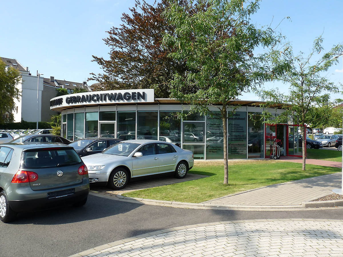 car showroom in d sseldorf germany