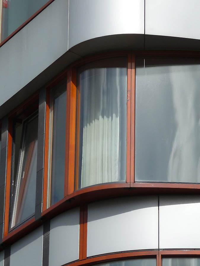 Najpoznatije svetske arhitekte - Page 2 Building-facades-615-1339