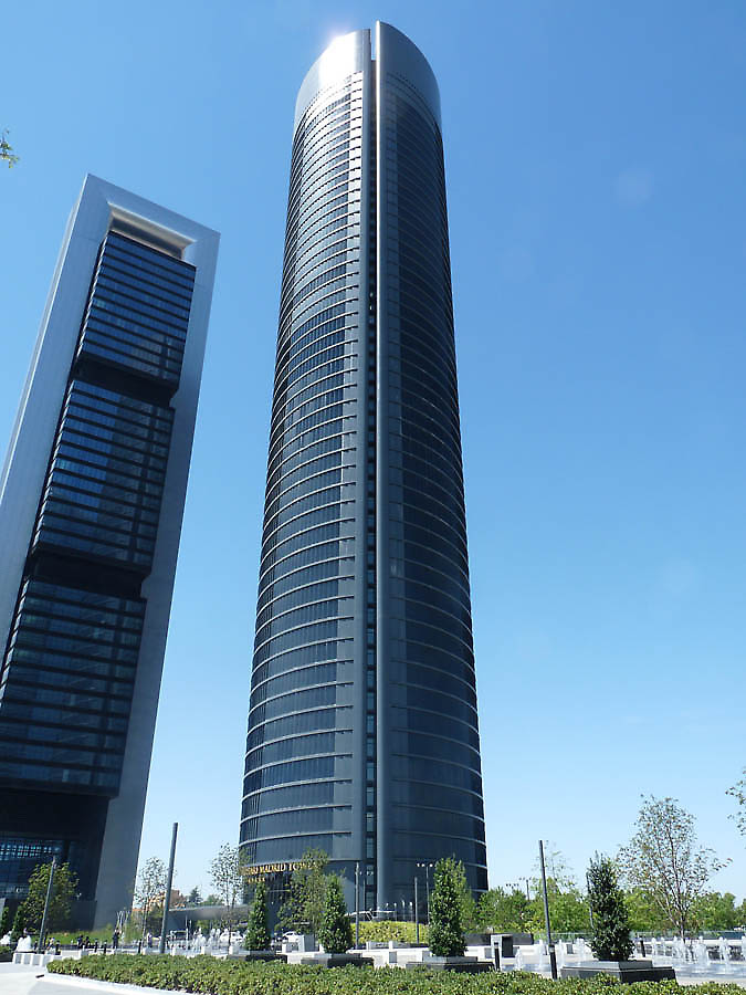 enrique alvarez sala and carlos rubio carvajal madrid hotel eurostars u office building torre sacyr